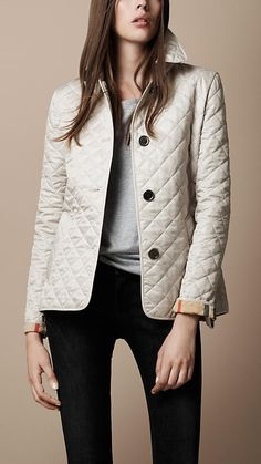 Burberry Brit Single Breasted Quilted Jacket - Trench