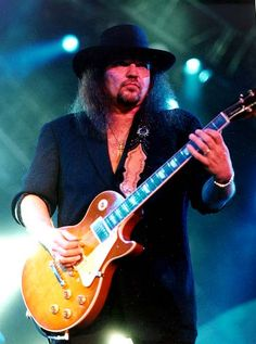 Gary Robert Rossington (born December Jacksonville, Florida, United States) is a founding member of Southern rock band Lynyrd Skyny. Gary Rossington, 70s Rock And Roll, Rock N Roll Music, Lynyrd Skynyrd, Les Paul, Woodstock, Allen Collins, Americana Music, Rock Of Ages