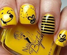Silly Pooh Nails