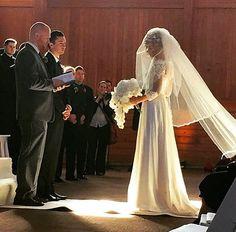 I love this picture of Jenna and her dress at the #tylerandjennajoseph wedding