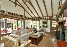 Fairy Carmel Cottage House In California  book shelf