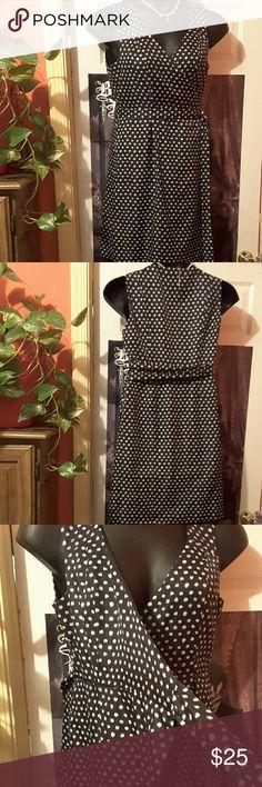 *closet clean out* Banana Republic Black and white Polka-dot wrap dress has two pockets Banana Republic Dresses Midi