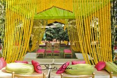 A Delhi Wedding with Pops of Neon : Pia and Rahul