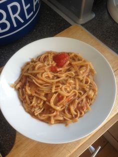 Vicki-Kitchen: Amazing speedy one pot pasta dinner (slimming world friendly ) Easy Healthy Recipes, Quick Easy Meals, Veggie Recipes, Healthy Choices, Dinner Recipes, Healthy Food, Veggie Meals, Savoury Recipes, Healthy Dinners