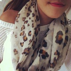 leopard scarf. Love @Cassandra Dowman Dowman Guild Fisher @Anna Totten Totten Faunce this is soooo cute