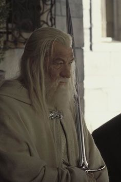 Aragorn, Gandalf, Legolas, Thranduil, Rings Film, Pink Costume, Dark Lord, Middle Earth, Lord Of The Rings
