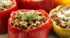 Stay Healthy and Fit With Stuffed Peppers Stuffed Capsicum Vegetarian, Capsicum Recipes, Weekly Dinner Menu, Carpaccio, One Dish Dinners, Cooking Recipes, Healthy Recipes, Side Salad, Italian Recipes