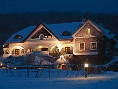 Csopak - tervező: Mérmű Építész Stúdió Winter Photos, Hungary, Cabins, Countryside, Farmhouse, Houses, Traditional, Mansions, Lifestyle