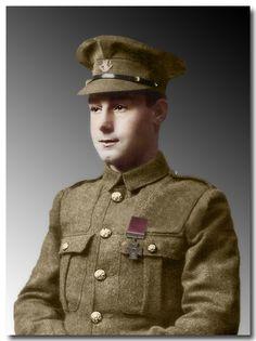 British Medals, British Uniforms, Military Men, Portrait Poses, Cthulhu, Newfoundland, World War I, Vintage Photographs, Great Britain