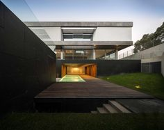 BE House by spaceworkers | FG+SG