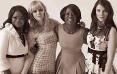 The Help cast Octavia Spencer, Emma Stone, Viola Davis, Bryce Dallace Howard. Viola Davis, Octavia Spencer, About Time Movie, Emma Stone, Music Tv, Great Movies, Amazing Movies, Celebs, Celebrities