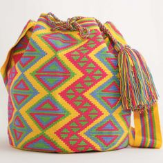 WayuuTribe.com is ready to SPRING forward. All one-of-a-kind. #art #bk #bags…