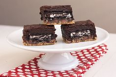 Slutty Brownies: cookie dough layer, oreo cookie layer, brownie batter. ♥