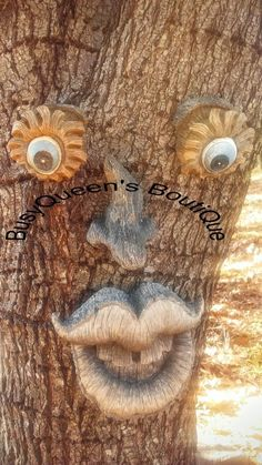 Large, Funny, Big Teeth Grin, Forest Tree Face, Tree art, Yard Decoration