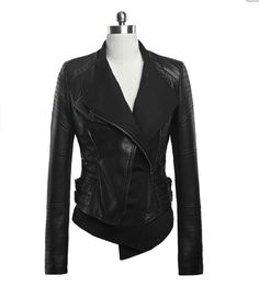 Great leather jacket for riding or just a night out! Biker Chick Jacket at Miss Iny. Look Fashion, Winter Fashion, Womens Fashion, Jackett, Biker Style, Jacket Style, Mantel, Blazers, What To Wear