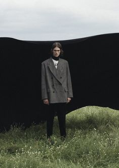 "Take a look at photographer Yannick Schuette's menswear editorial, ""In Bloom"", where he turns his lens to a hazy countryside dreamworld. Fashion Photography Inspiration, Portrait Inspiration, Photoshoot Inspiration, Editorial Photography, Portrait Photography, Vogue Editorial, Editorial Fashion, Fashion Editorial Nature, Fashion Shoot"