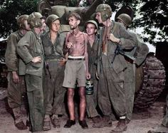 American tank crew listen to Bernard Herzog who was just liberated from the camp of Santo Tomas 1944 Military Personnel, Tom S, Military Equipment, D Day, Colour Images, Us Army, Armed Forces, World War Two, Trending Memes