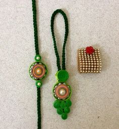 Quilling Dolls, Paper Quilling, Hand Crafts, Paper Crafts, Quilling Rakhi, Handmade Rakhi Designs, Rakhi Cards, Rakhi Making, Couple Hands