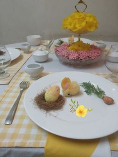 Crystal Grandeur: Easter Table with Yellow Shade's....