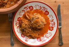Húsgombócos savanyú káposzta cserépedényben | NOSALTY Risotto, Ale, Meat, Chicken, Dinner, Cooking, Ethnic Recipes, Food, Beef