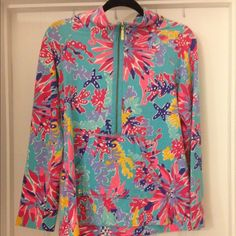 For Trade Only - M Sippin and Trippin Popover EUC Sippin' and Trippin Popover...looking to trade for L in same print or L Popover in SSI or Lobstah Roll. No other offers please! Lilly Pulitzer Jackets & Coats