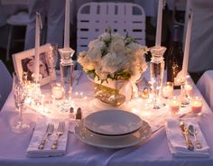 I love the little twinkly lights - Diner En Blanc | Kirbie's Cravings | A San Diego food blog