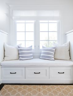 bright white window seat // Tour a Home Where Nantucket Charm Meets a Los Angeles Zip Code Room, Interior, Home Decor Bedroom, Home Decor, House Interior, Room Decor, Interior Design, Window Seat, Window Seat Design