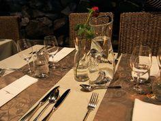Kaunis pöytäkattaus Ravintola Origossa #visitsouthcoastfinland #ravintolaorigo #hanko #origo #ravintola #restaurant #tableware #ruokailuvälineet