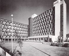 Hospital Adolfo López Mateos del ISSSTE, Universidad 1321, Viveros de Coyoacán, Coyoacán, México DF 1968 Arq. Enrique Yáñez