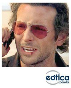 Bradley Cooper com os óculos de sol Ray-Ban Aviador #bradleycooper #rayban #hangover #aviator #aviador