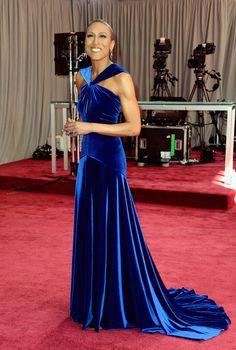 Robin Roberts at Oscars 2013 red carpet