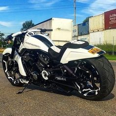 Gorgeous Build got your own tag and mention dont forget to use tag 3 friends of yours wholl love to drive it via Harley V Rod, Harley Bikes, Harley Davidson V Rod, Harley Davidson Motorcycles, Moto Bike, Motorcycle Bike, Vrod Custom, Futuristic Motorcycle, Chopper Bike