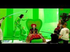 'Alice in Wonderland' Behind the scenes (green screen)