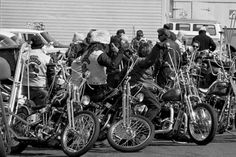 – It's Friday, folks. No heavy lifting. Sit back while TSY rolls-out The Best of 1970's Biker Roundup. Badass bikes built by real bros. Slamming Bud in tin cans. Braided ol&#8…