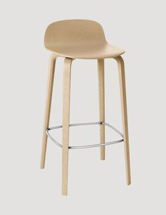 The VISU BAR STOOL is an ergonomic and functional bar stool with a timeless and recognizable profile. Formpressed veneer wood gives the shell of the chair its characteristic shape and creates visible lines and patterns in the surface that complement the design. The VISU BAR STOOL is long lasting with a durable footrest in steel and ideal for both professional and private interiors.