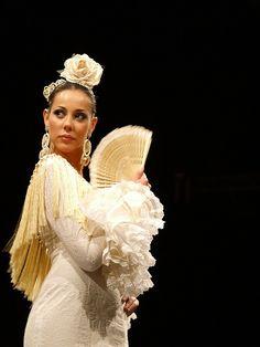 Abanico español hecho a mano, complemento para novia  ESPAÑA