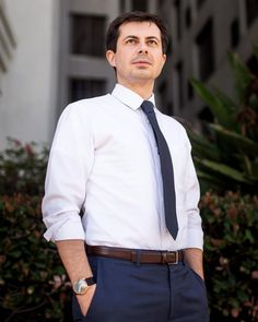 Esquire: Democratic Presidential Candidate and South Bend Mayor Pete Buttigieg Finnegans Wake, South Bend, Running For President, New Politics, Presidential Candidates, Esquire, How To Be Outgoing, Cool Shirts, Gay Couple