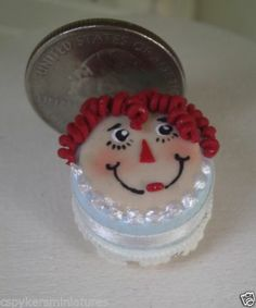 Dollhouse Miniature One Inch Scale Raggedy Cake by CSpykersMiniatures