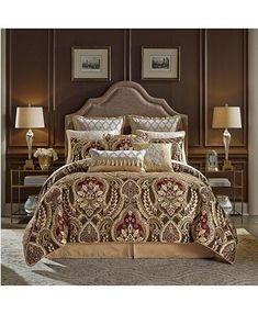 Give your bed a cosmetic makeover with this Croscill Julius Cal King Comforter Set! Bed Bath & Beyond, Croscill Bedding, Damask Bedding, Console, Duvet, King Pillows, Pillow Shams, Throw Pillow, Queen Comforter Sets