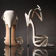 Womens Shoes for Summer 2017 / 2018 Heels may be every girl's dream. How much height is your heels? This elegant