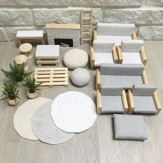 Beautiful and modern dollhouse furniture and decoration). For the modern doll& house… - - Beautiful and modern dollhouse furniture and decoration]. For the modern dollhouse - Modern Dollhouse Furniture, Diy Barbie Furniture, Furniture Ideas, Modern Furniture, Rustic Furniture, System Furniture, Furniture Online, Miniature Furniture, Diy Dolls House Furniture