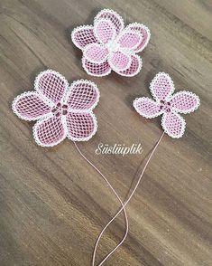 Crochet Organizer, Moda Emo, Needle Lace, Beading Tutorials, Baby Knitting Patterns, Piercings, Elsa, Crochet Necklace, Diy Crafts