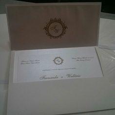 Super chic esse convite!!!! By Mão de Anjo #maodeanjo #convitemaodeanjo #casamento #convitecasamento