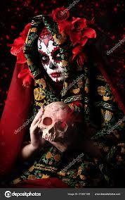 dia de los muertos la catrina – Google Søk Wreaths, Halloween, Google, La Catrina, Day Of The Dead, One Day, Death, Door Wreaths, Deco Mesh Wreaths