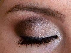 Amarixe: The Vampire Diaries Inspired Makeup: Caroline Forbes!