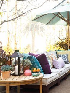 patio ideas. Love the colors. It looks so cozy!