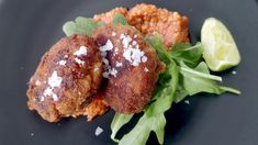 Arancini med romescosaus Arancini, Chorizo, Salmon Burgers, Risotto, Cooking Recipes, Meat, Chicken, Ethnic Recipes, Food