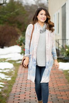 Pink Blush Maternity Blue and Pink Cardigan. Maternity Outfit Ideas.