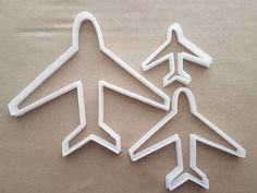 Plane Air Aero Jet Shape Cookie Cutter Dough Biscuit Pastry Fondant Sharp Stencil Aeroplane Airplane Vehicle by CutterCraftUK on Etsy Fancy Cookies, Shaped Cookie, Cookie Cutters, Airplane, Fondant, Dinner Ideas, Biscuits, Stencils, Jet