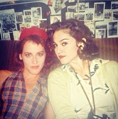 Madonna and Lori Petty while filming Penny Marshall's A League Of Their Own in 1991 Madonna Rare, Madonna 90s, Madonna Photos, Lady Madonna, Madonna Movies, Veronica, Lori Petty, Penny Marshall, Celebs